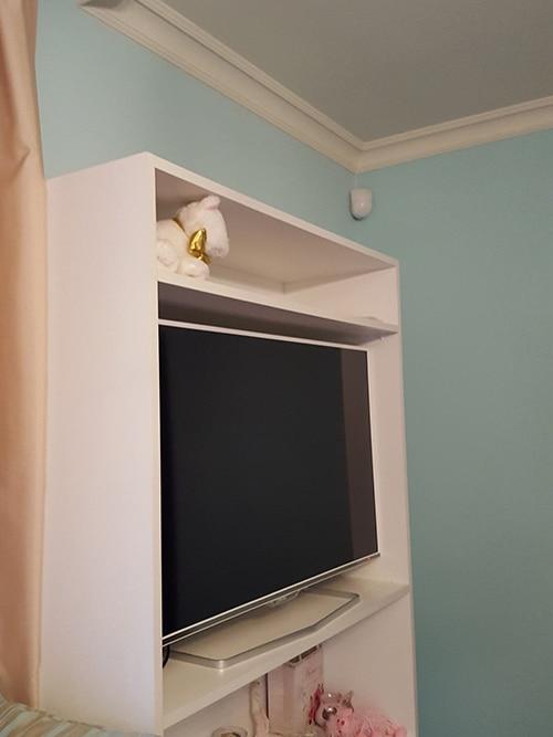 Стиропорен корниз CB511 интериор спалня