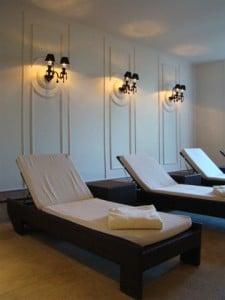 Приказен хотелски интериор в замък Шато 6