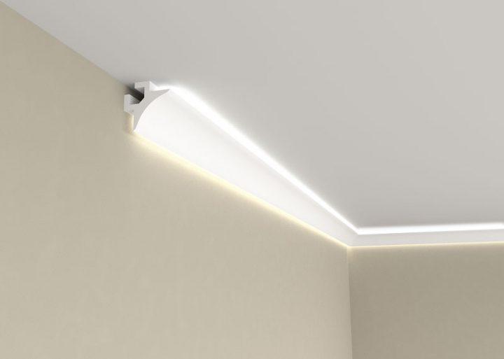 Корниз за скрито осветление QL002 свети нагоре и надолу